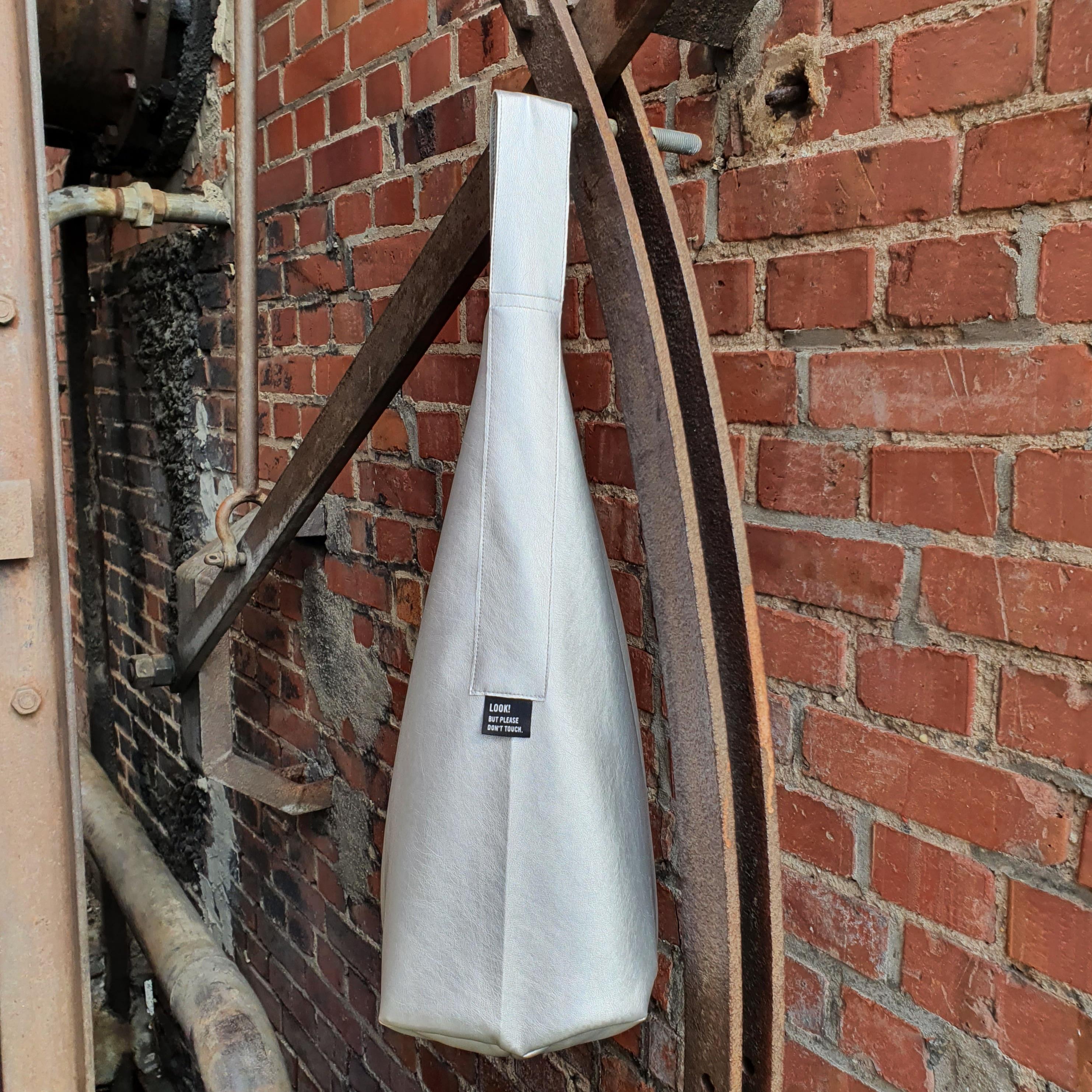 Crew Box Purely Bag Kunstleder Silber
