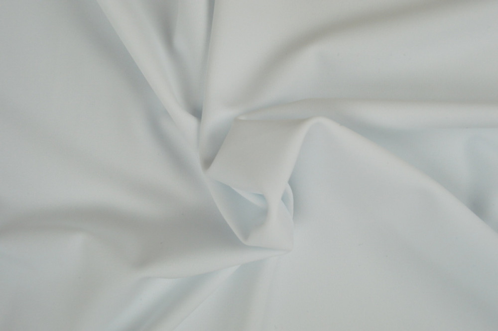 Sportstoff Weiß